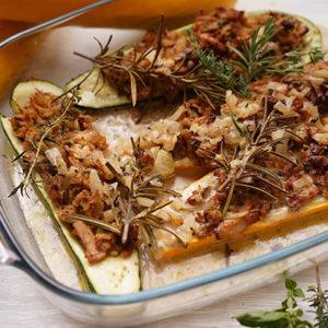 Thunfisch im Zucchiniboot  - Koch-Rezepte Elke Eisner Steinzeitköchin Paleo