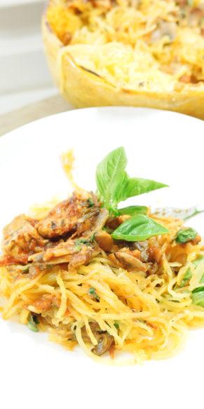 spaghettikürbis kohlenhydratarm, wenig kohlenhydrate Alternative zu Nudeln, paleo, keine Getreide, Nudeln ohne Mehl, ideal zum Abnehmen, gesunde Rezepte